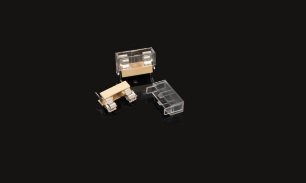 New DFH02 plastic PCB fuse holder with optional transparent insulation cover from Hylec for PCB and thru-hole mounting